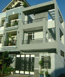 Modern house -- cute studio  - Ho-Chi-Minh-Stadt - Haus
