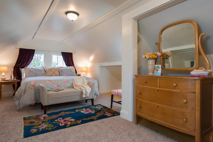 Suite dreams, spacious light filled haven in town!