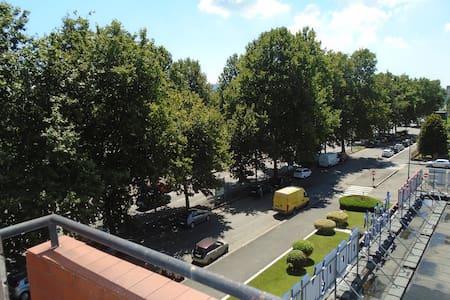 appartamento soleggiato 5piano con ascens traspar - Turijn