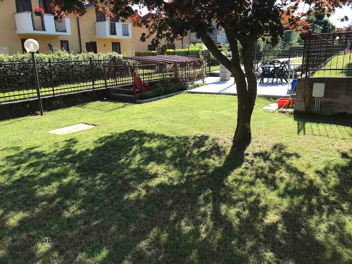 Studia with garden and private parking