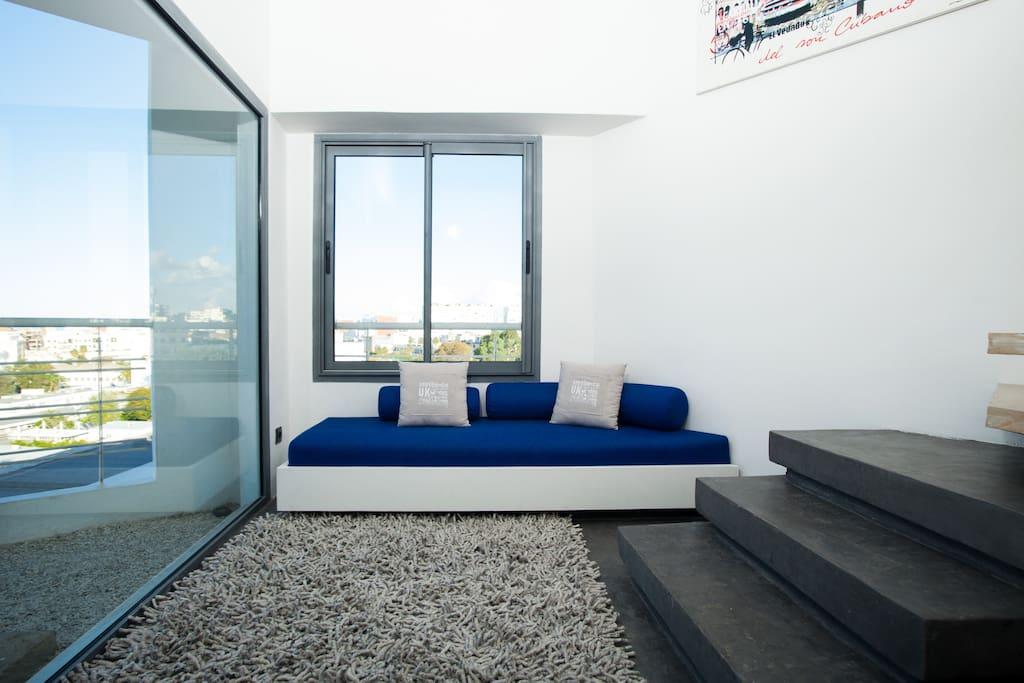 duplex design vue exceptionnelle appartements louer casablanca grand casablanca maroc. Black Bedroom Furniture Sets. Home Design Ideas