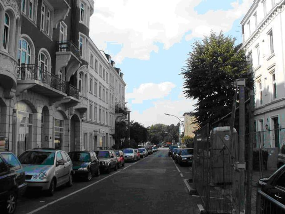 Haus und Strasse