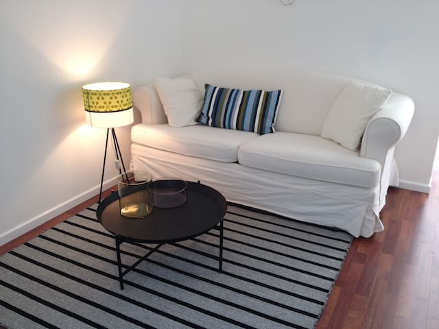 NEW! cozy apartment + free parking - Munic