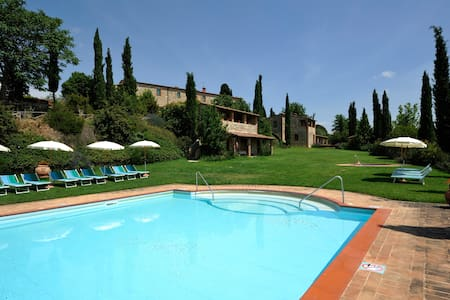 Stone-built apartment with garden and pool - Casabianca