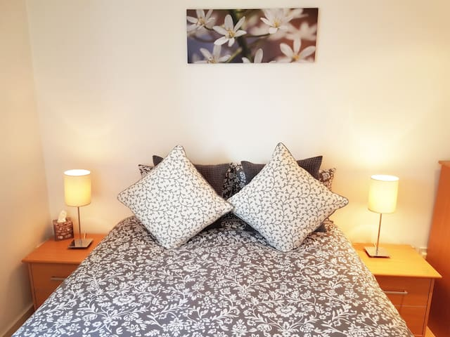 En-Suite Clean & Spacious Room (by River Thames) - Londres - Departamento