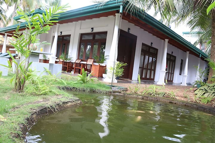 Lohas Beach Resort - Kalutara - House