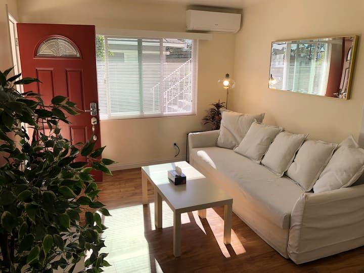Alhambra honey home Unit C with 85% alcohol全独立公寓