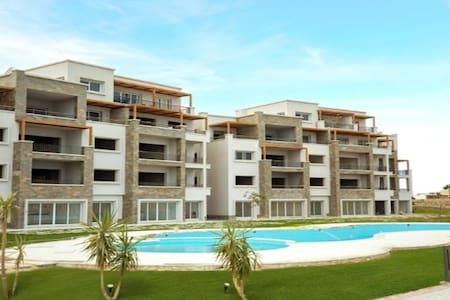 Soma Bay Breeze, ground floor,Pool& sea view,Apt.3