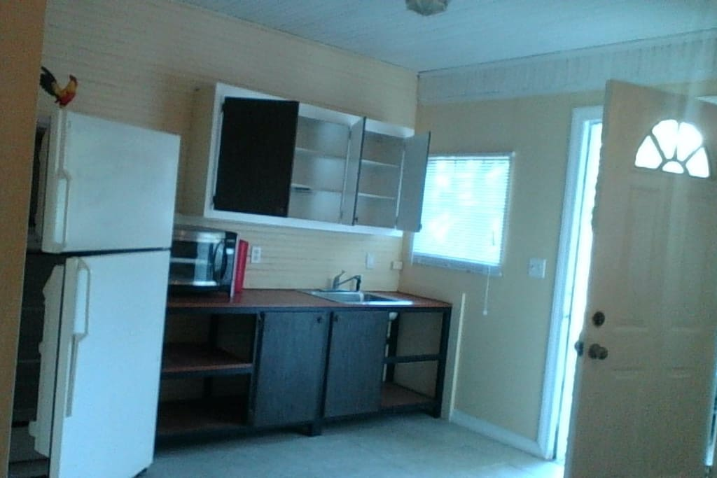 Mini Kitchenette inside the studio With refrigerator, Microwave and Hot plate