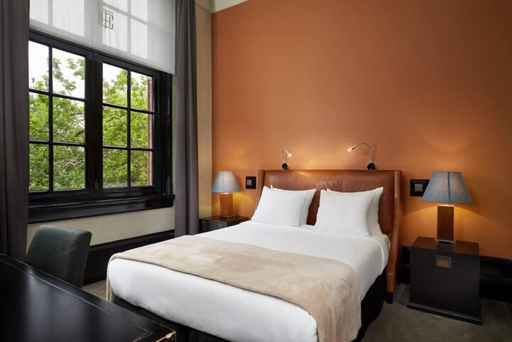 Luxurious Junior Suite - Amsterdam Center