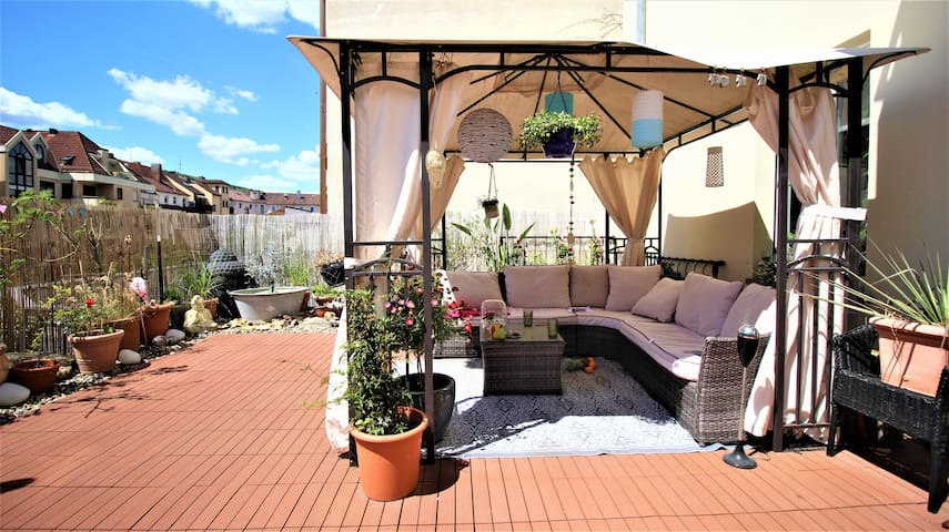 ☀ Private room with sunny roof terrace ☀