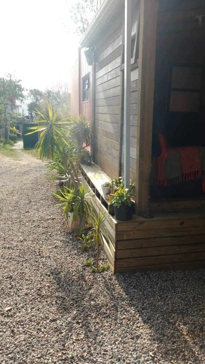 Aluguel Anual casa container aconchegante