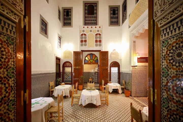 chambre mezanine a Riad opera