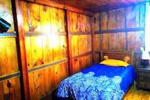 Detalle cama dormitorio 2