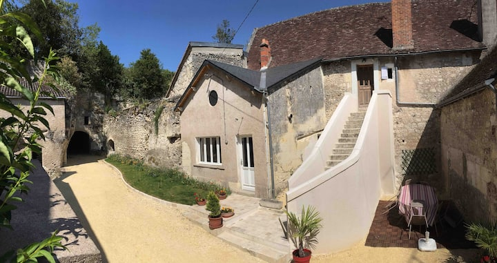 Gîte Donjon 3 étoiles entre Beauval et Chenonceau