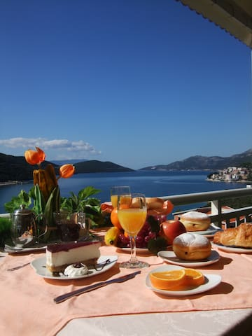 Nice mediteran villa with pool - Neum
