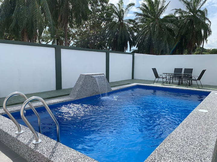 4 Room 15 minutes to Banda Hilir Private Pool