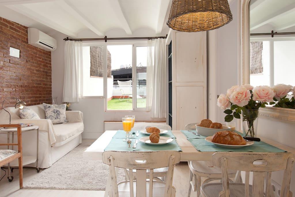 Atico en proven a con increible terraza apartamentos en - Atico terraza barcelona ...