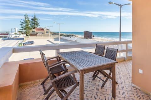 Cerya Apt! Best seaview at Faro Beach