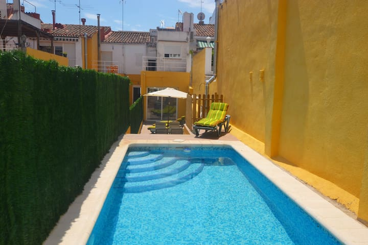 Aire: House up to 12 near the beach - Calella - Dům