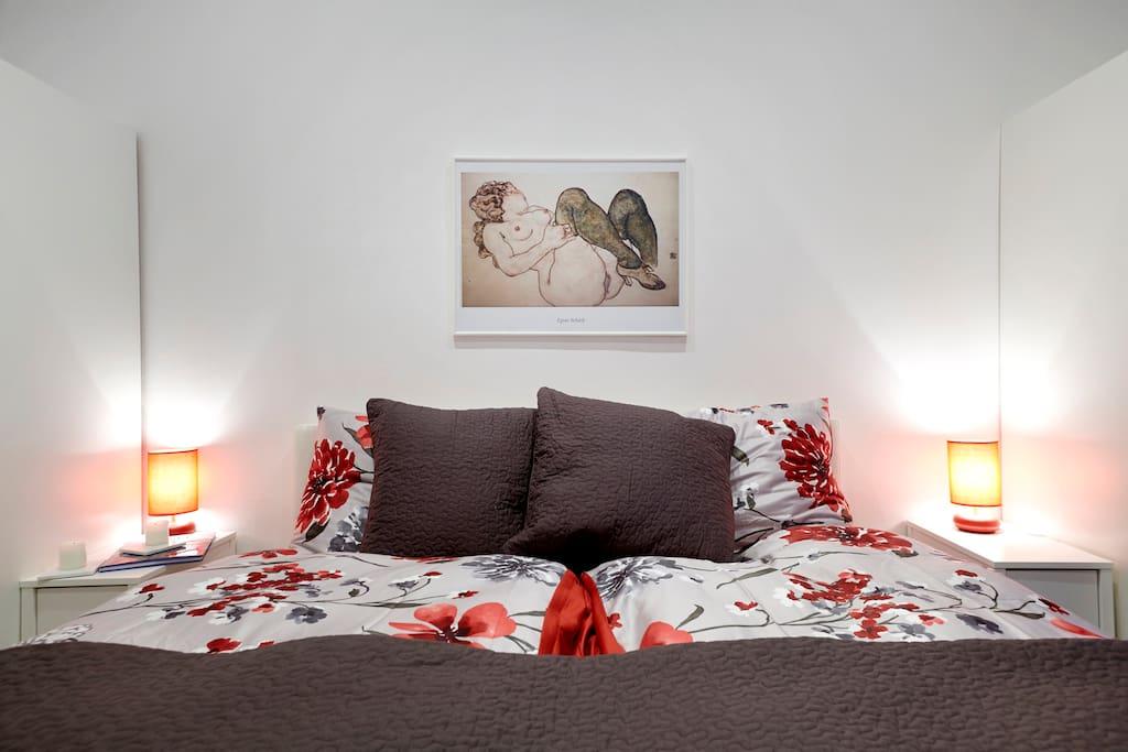 cosy atmosphere of sleeping room