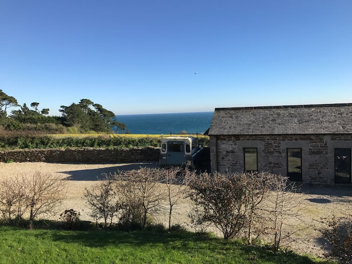 Cosy, Quiet Studio Barn Close to the Coast
