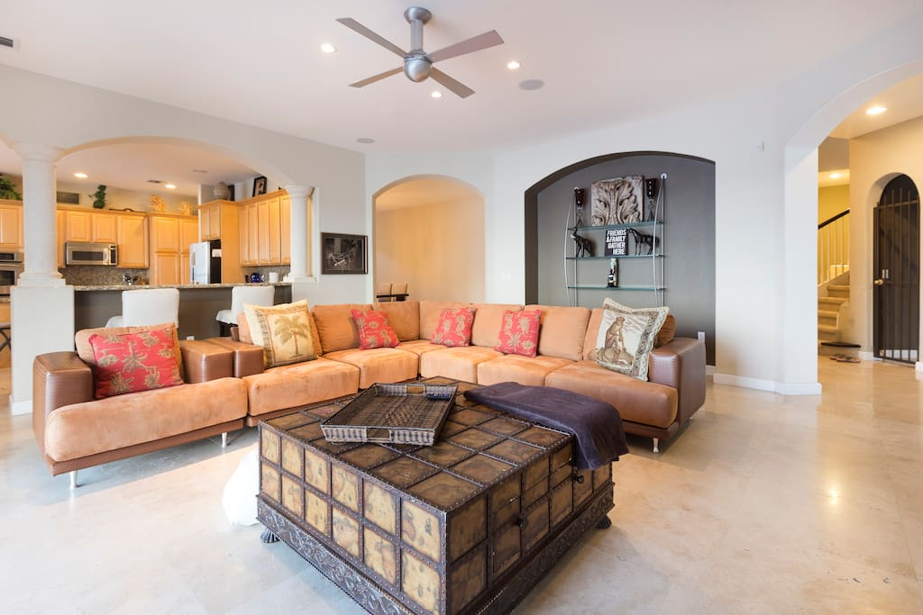 Stunning Luxurious Waterfront Home Houses For Rent In
