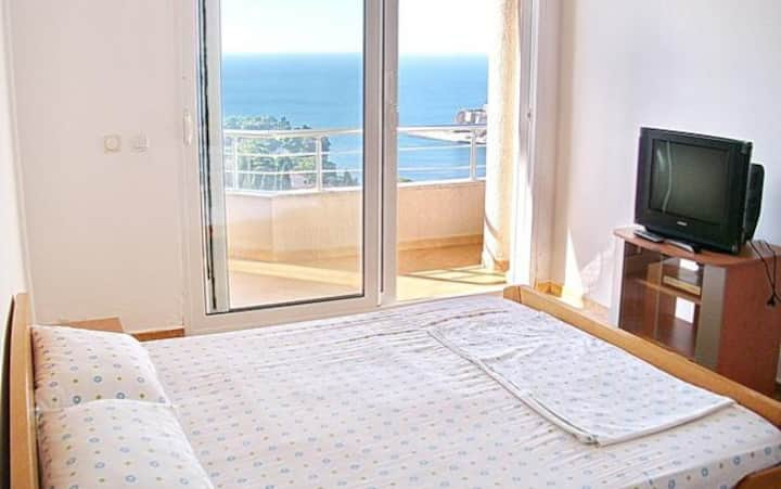 Four bedded room with sea view balcony