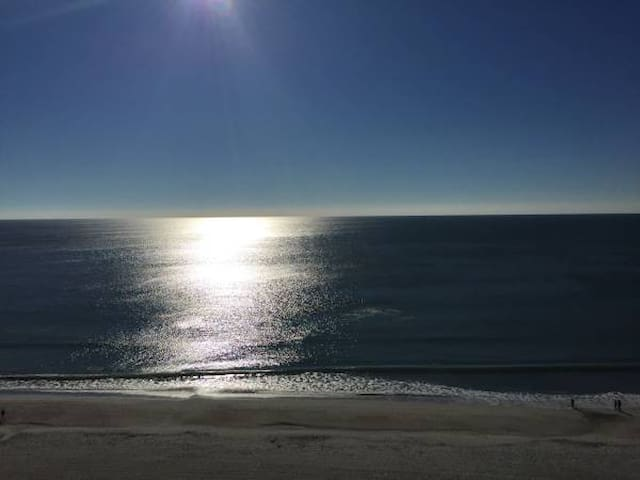 Oceanfront 1BR with amazing view. - Myrtle Beach