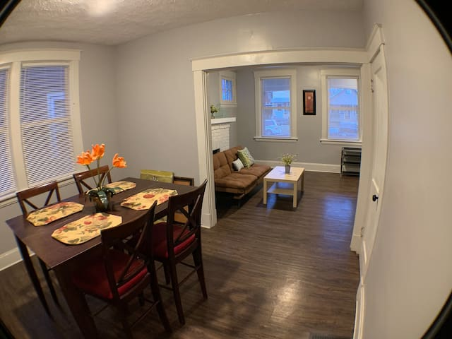 Cozy & Practical Room for Short/Long Term Stay!