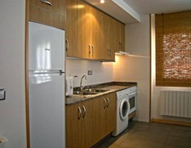 Apartamentos (2 hab. para 4 pers.) - Albarracín - Byt