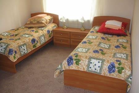 Квартира для командировочных на 12 спальных мест