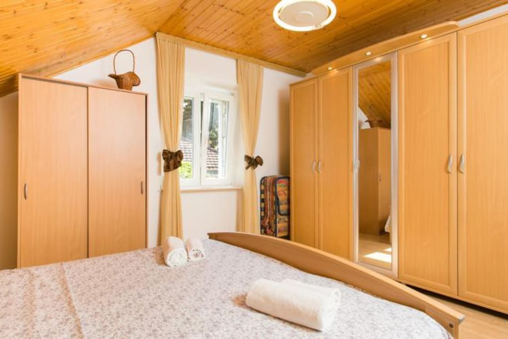 large closets with plenty of space
