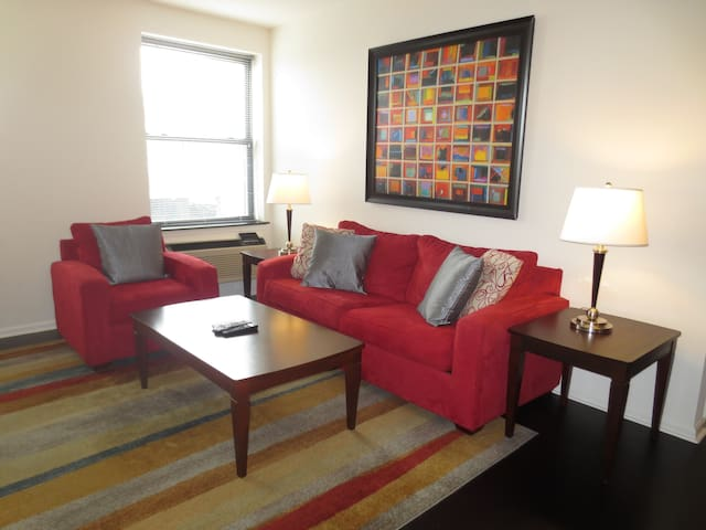 Lux Morristown Green 2 Bedroom w/WiFi - Morristown - Appartement