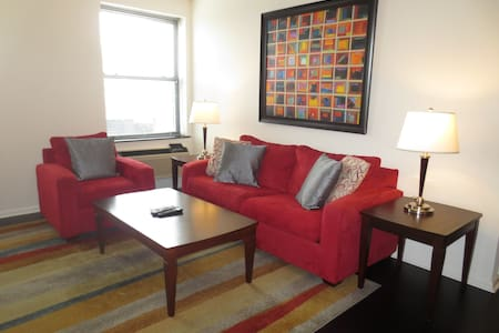 Lux Morristown Green 2BR w/WiFi - Apartment