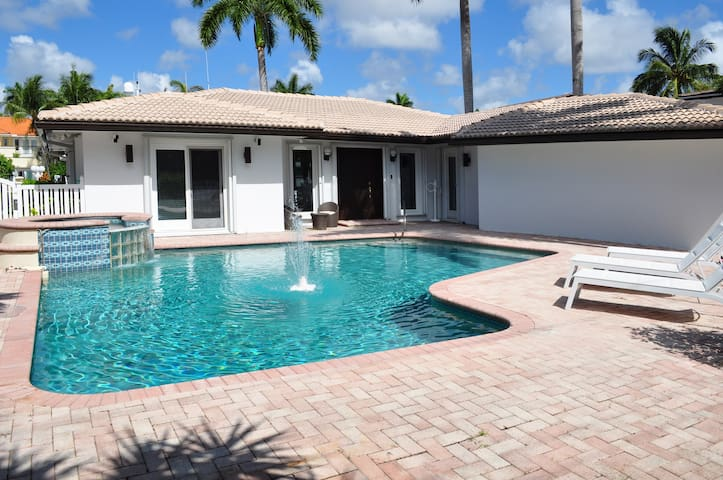 Seven Isles Villa - Fort Lauderdale - House