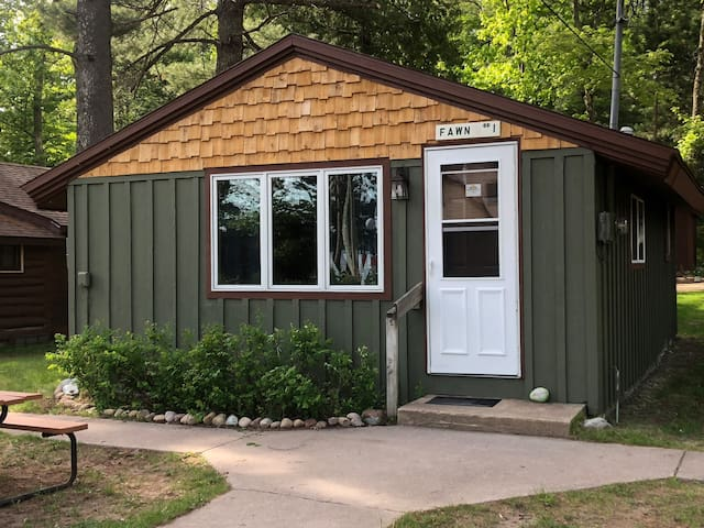 Northwoods 2 bdrm Cabin! Pictured Rocks Home Base!