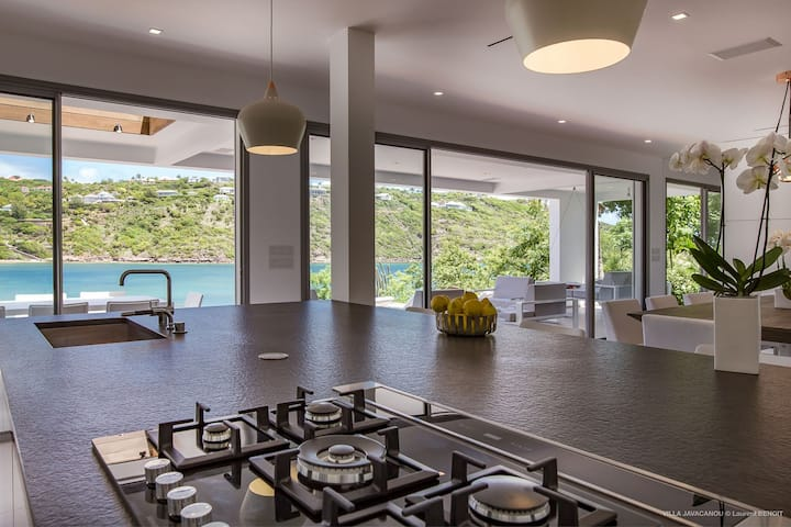 Exceptional Villa Javacanou, WIFI, Pool, BBQ