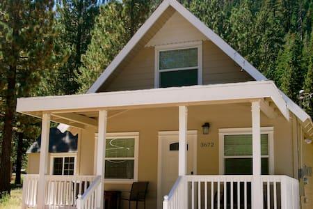 Beautiful Cabin Retreat - South Lake Tahoe - House