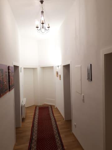 Ein Traum von Altbauwohnung in ruhiger Wohnlage