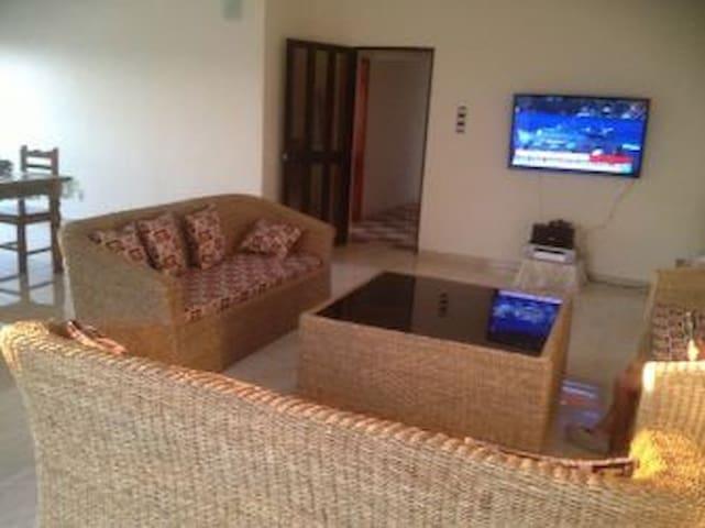 Belle villa en bord de mer - Cotonou - Dům