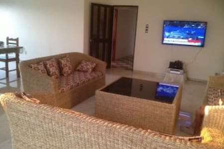 Belle villa en bord de mer - Cotonou - Hus