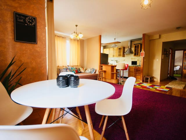 Big apartment close to Warsaw City Centre and PGE