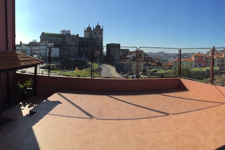 Downtown apartment with terrace - Porto