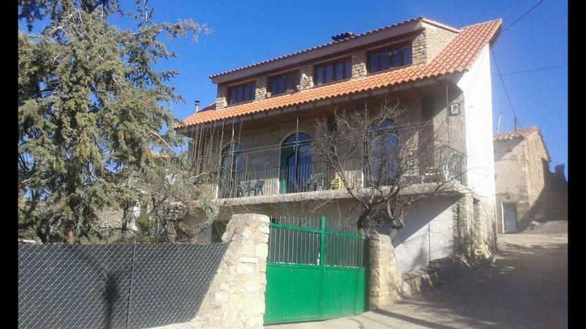CASA RURAL CHULILLA en Villarroya de los Pinares