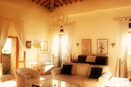 Fabulous apartment in Tuscan Castle - Panzano In Chianti - 公寓