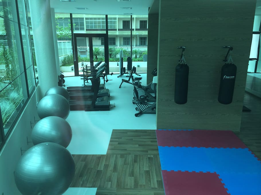 New and complete gymn, with pilates and personal trainer services
