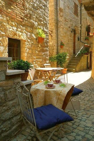 Fabulous house in Umbrian village