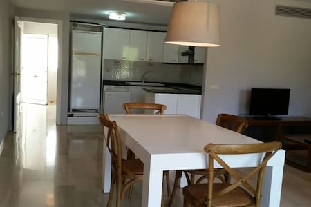 Valencia Golf & Holiday apartments - Chiva
