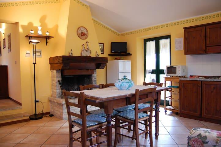 Apartment in cottage in Umbria 5 px